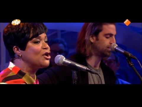 Ruth Jacott - Beter Dan Dit Wordt Het Niet (live at Tijd voor Max)