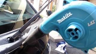 洗車便利グッズ マキタの充電式ブロワで水切り