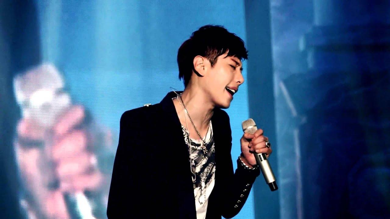 박효신(Park Hyo Shin)- 그립고 그리운 / WAR IS OVER Concert
