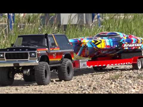 "Speed Boat LAUNCH & RIP - Traxxas TRX4 & ""Rock n Roll"" Spartan 