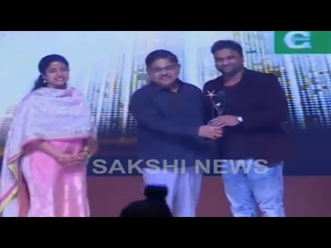 Devi Sri Prasad Honored With Most Popular Music Director Award || Sakshi Excellence Awards 2016