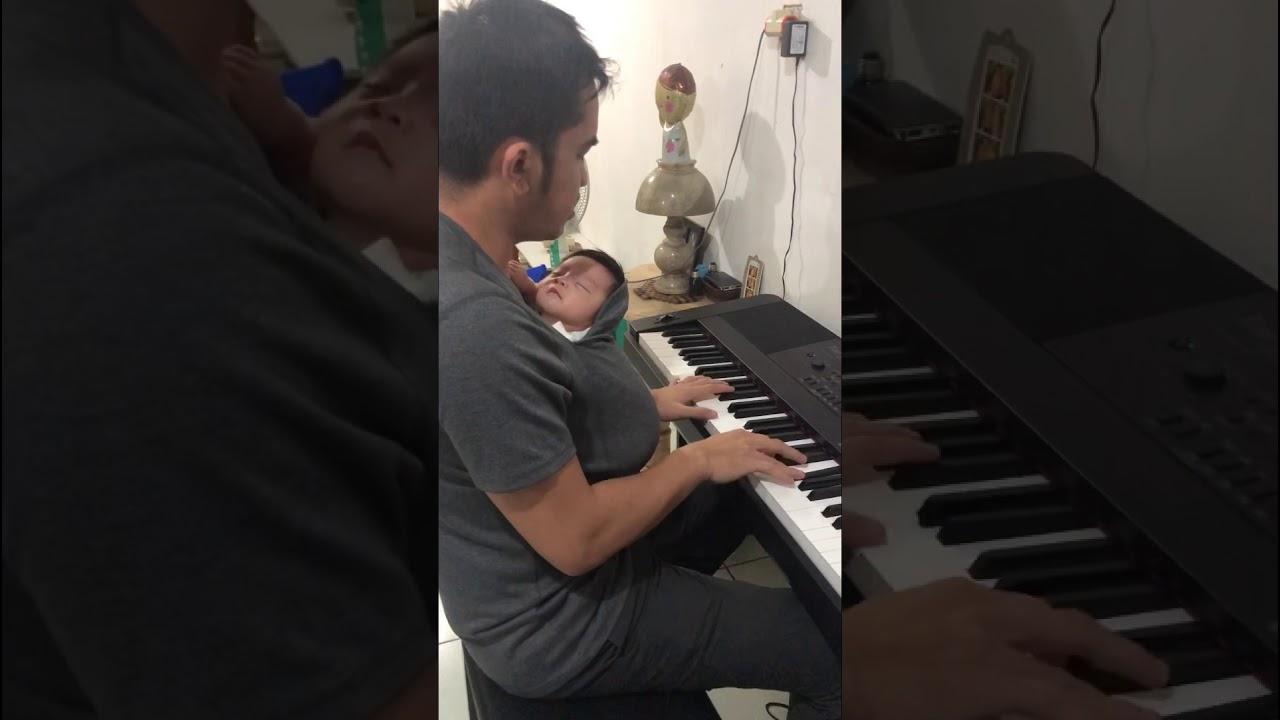 Cara timang anak bayi versi ayah - YouTube
