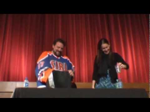 MY EVENING WITH KEVIN SMITH 2 PLUS ONE JEN SCHWALBACH AT THE PCT LONDON