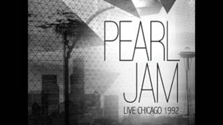 Pearl Jam - March 28 1992 Chicago, IL  - The Metro (audio)