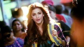 Ramayya Vasthavayya Telugu Movie  Scenes - Shruti Hassan Entrance - NTR, Samantha