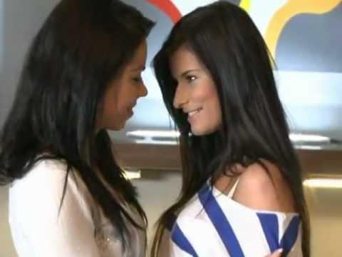 Hot Lesbian Girls Kissing 1.mp4