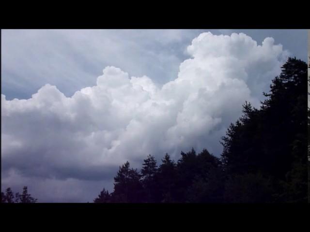 Formació de tempestes al Pirineu oriental (Ripoll) - Juliol 2014