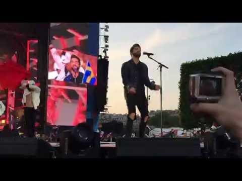 Видео: Grand Show Douverture UEFA EURO 2016 - Kendji Girac  Andalouse