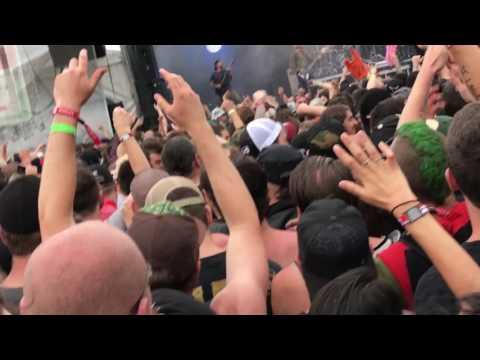 PARKWAY DRIVE - Wild Eyes live @ Montebello Rockfest 2017