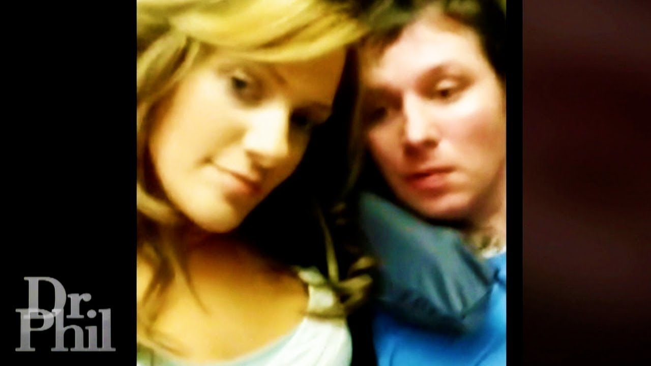 Woman Gains 150,000 Followers for Posting Husband in Vegetative State on Social Media (3 of 4)