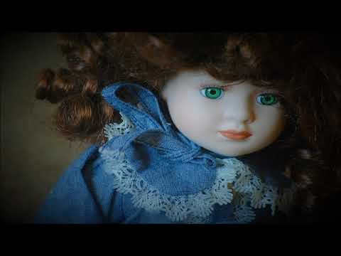 Spooky Doll Music - Antique Doll Shop