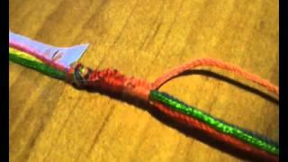Плетение фенечек: Видео урок #6(Как плести фенечку расточку Добавляйте меня в вк http://vk.com/id58350043 Вступайте в мою группуhttp://vk.com/club47674848 ..., 2013-04-27T11:58:38.000Z)