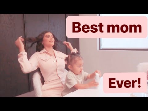 Kylie Jenner being the best mom for 2 minutes straight.