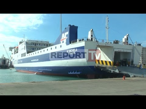Report TV - Adria Ferries sjell risi me një traget modern nga Durrësi drejt Akononës