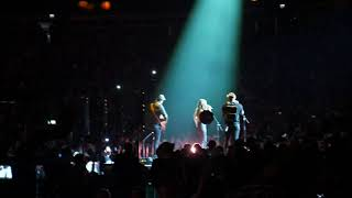 Abby Anderson & Jimmie Allen - Shallow @ C2C  London O2 Arena 8/3/2019 Video