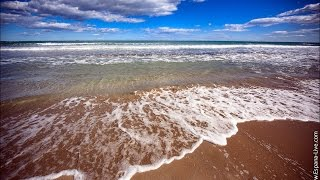 Видео Испания море песчаный пляж Коста Бланки La Zenia Beach Spain(Смотрите дополнительную информацию на нашем сайте Красивые песчаные пляжи Испании на берегу Коста Бланка..., 2015-02-25T15:01:44.000Z)