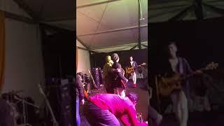 Haziq putera band menyanyi dalam keadaan sakit