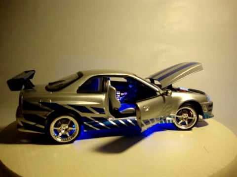 2 FAST 2 FURIOUS 01 NISSAN SKYLINE WORKING LIGHTS