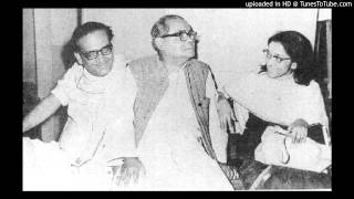 Download Hindi Video Songs - Tomaar Pujaar Chhaley by Debabrata Biswas
