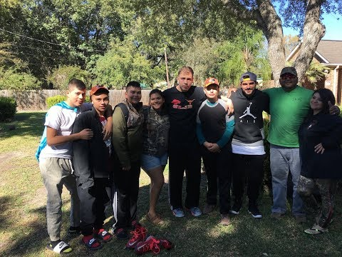 SURPRISING YOUNG MEN WITH A HUNTING TRIP AND SIX FLAGS !