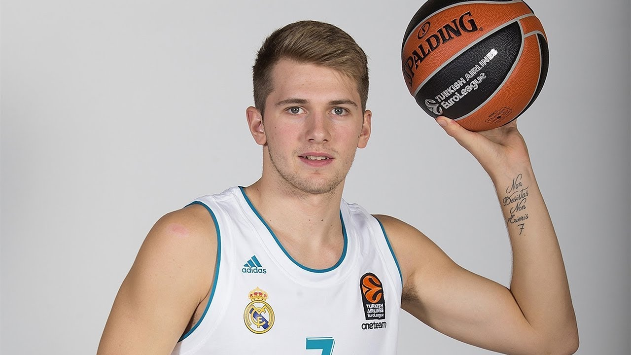 dd49a186e37 Assist of the night  Luka Doncic