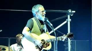 Yusuf (Cat Stevens) - Oh Very Young - Rotterdam 2011 (HD) (Lyrics)