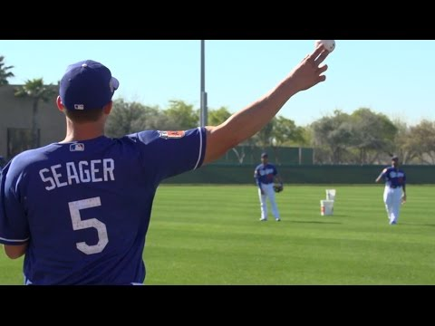 7beabf2d104 Dodgers first full-squad workout of 2017 Spring Training - YouTube