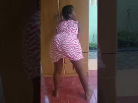 ugandan girl twerking