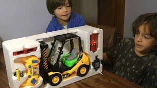 RC FORKLIFT Truck TOY CARS Open Box Review!  KIDS FUN!
