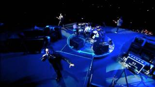 U2 360 - I Still Haven't Found What I'm Looking For live at the Rose Bowl (HD)