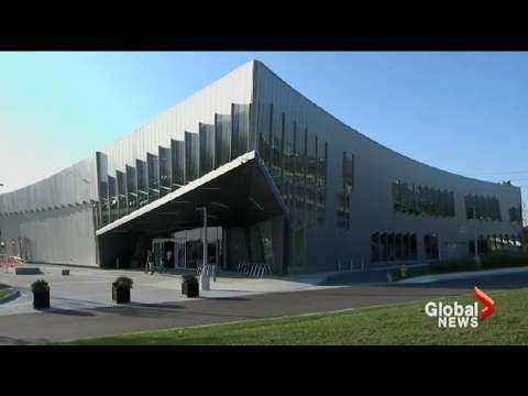 Global News tours Vaughan Public Libraries' Civic Centre Resource Library