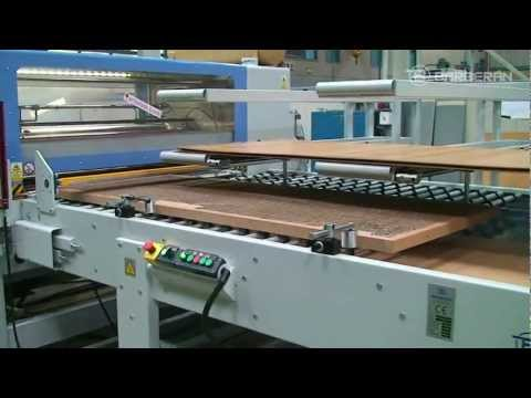 BARBERAN 106 Gluing and indexing line for honeycomb doors