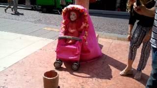 BABY CLOWN - STREET ARTIST - VERONA - ITALY (JUNE 2013)