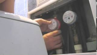 Как  счётчик горячей заменить воды быстро в квартире за 4 минуты(Замена самостоятельно счётчика горячей или холодной воды быстро за несколько минут., 2015-02-03T16:26:52.000Z)