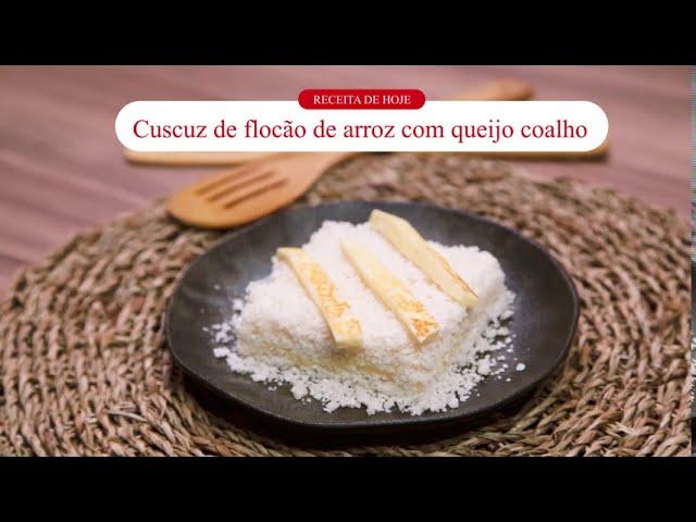 Receitou - Cuscuz de flocão de arroz com queijo coalho