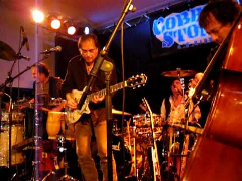 Frank Carillo and the Bandoleros - Watcha gonna do (when the levee breaks)