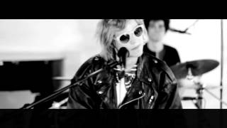 Soko - Temporary Mood Swings - Live Deezer Session