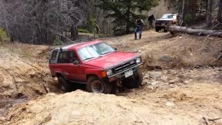 Dan's 4runner Gets Stuck