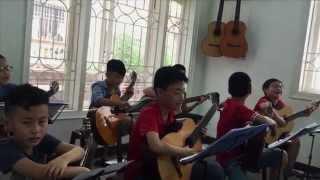 Bo oi! Minh di dau the - Lop Guitar thieu nhi Le Hung Phong