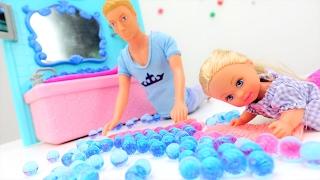 #КЕН и Штеффи пролили воду. Видео для девочек про #куклы. Игры  для девочек на ЛАЙКЛАНДИЯ
