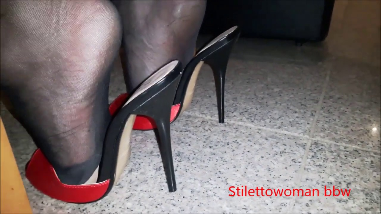 Shoeplay High Heel red Mules , Stilettowoman bbw