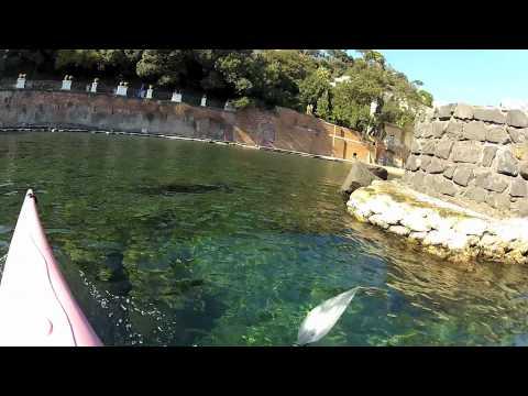 Napoli in canoa le Ville di Posillipo HD