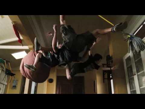 Download Aliens In The Attic (2009) third trailer