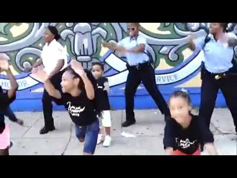 The Philadelphia 35th Police District do the Nae Nae