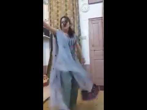 Hot Pathan Girl Dancing At Pashto Song