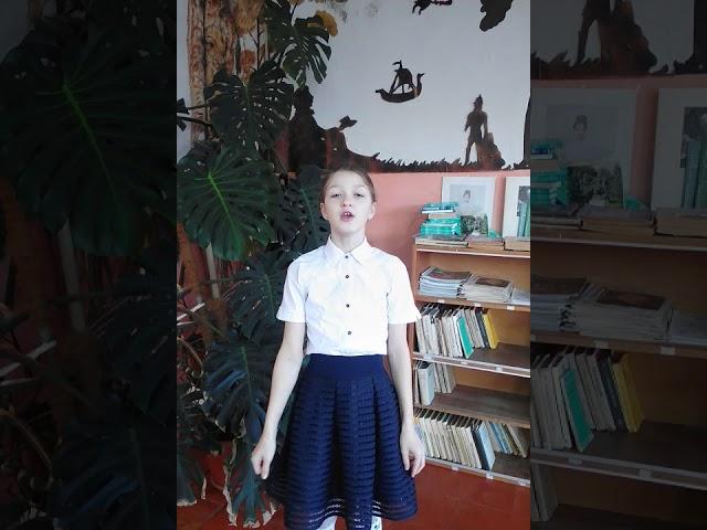 Изображение предпросмотра прочтения – ЮлианаКузьменко читает произведение «О,весна,без конца и без краю» А.А.Блока