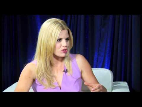 People with Paul Wontorek : Megan Hilty of