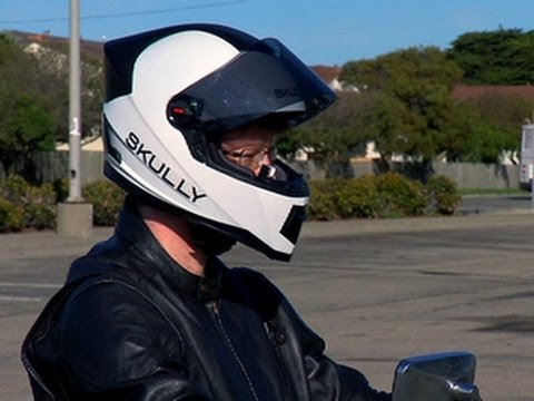 CNET News - Skully motorcycle helmet gives you eyes in the ...