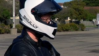 CNET News - Skully motorcycle helmet gives you eyes in the back of your head