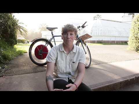 Lizzie, a Copenhagen Wheel owner in the Bay area